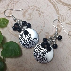 Silver disc earrings black botanical clusters NF